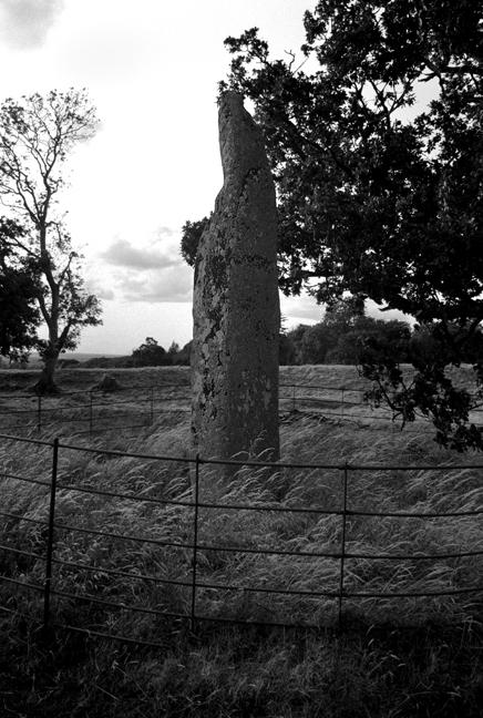 Standing Stone, Rath, Megalit