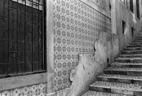 Rua da Bica de Duarte Belo, Lisbon, Portugal, April 2006