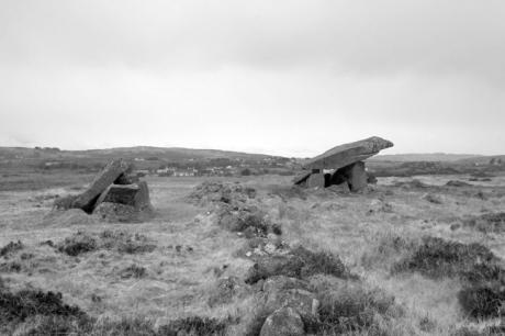 Cromlech, Dolmen, Portal Tomb
