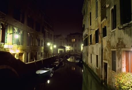 Ponte dei Preti, Venice, Italy, November 2005