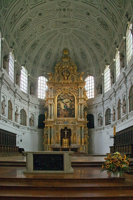 Michaelskirche, Munich, Germany, October 2009