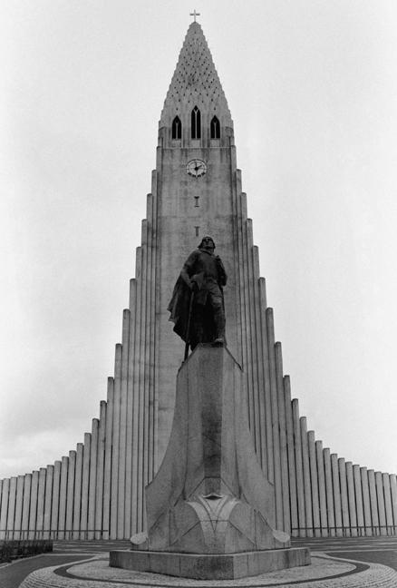 Hallgrimskirkja, Reykjavik, Iceland, April 2006