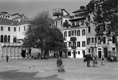 Campo S. Giacomo dell 'Orio, Venice, Italy, November 2005