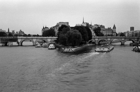 The Pont Neuf, Paris, France, August 2004