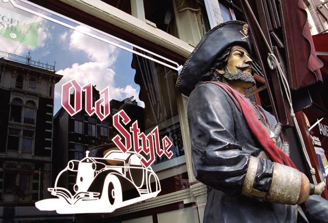 Old Style, Martelaarsgracht, Amsterdam, Netherlands, September 2003