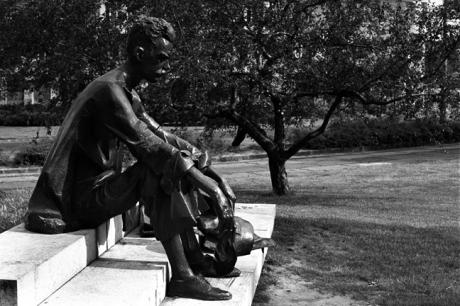 Attila József statue, Budapest, Hungary, June 2001