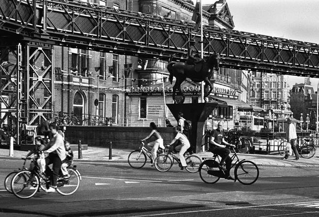 Rokin Langebrugsteeg, Amsterdam, Netherlands, September 2003