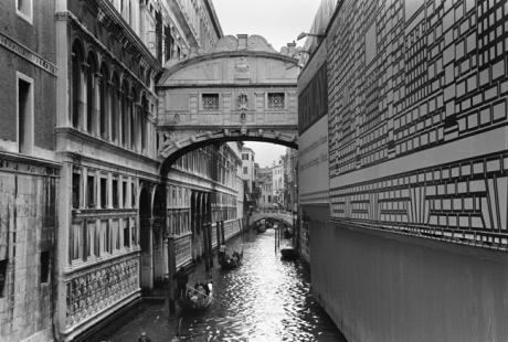Ponte dei Sospiri, Venice, Italy, November 2005