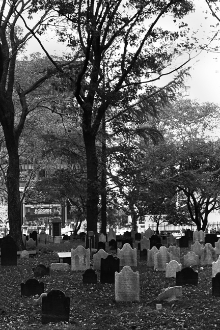 Trinity Graveyard, Manhattan, New York, America, April 1995