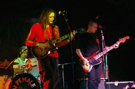 Wireless 3 - live at Eamon Dorans, Dublin - 1999
