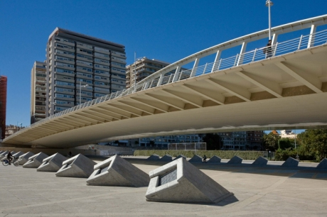 Santiago Calatrava Exposicion Bridge, Valencia, Spain, October 2010