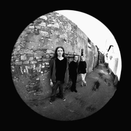 Wireless 3 - First Album Inside Leaf 3 - 2000
