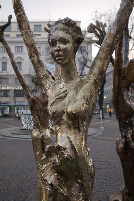 Sculpture, Milan, Italy, December 2010