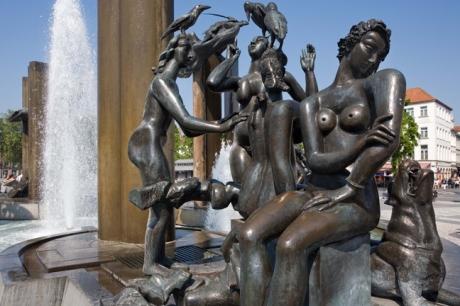 Fountain, 't Zand Square, Bruges, Belgium, April 2011