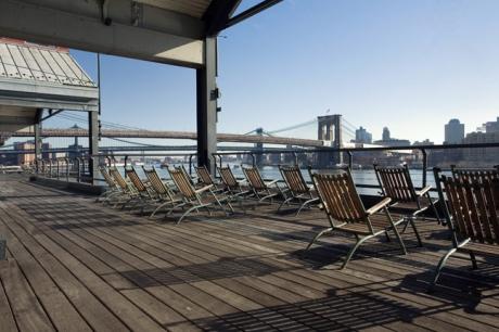 Pier 17, South Street Seaport, Manhattan, New York, America, January 2012