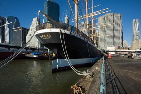 Peking, South Street Seaport, Manhattan, New York, America, January 2012