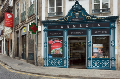 Farmacia, Largo de São Domingos, Porto, Portugal, April 2012