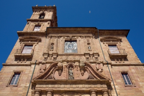 Iglesia de San Isidoro el Real, Oviedo, Spain, July 2013