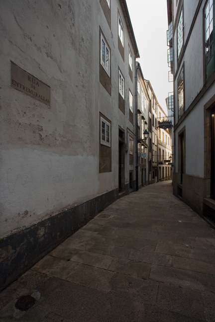 Rúa do Entremurallas, Santiago, Spain, July 2013