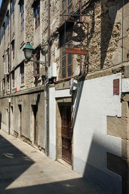 Rúa da Conga, Santiago de Compostela, Spain, July 2013