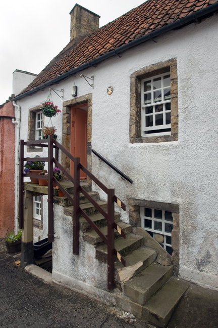 Tanhouse Brae, Culross, Dunfermline, Scotland, July 2019 © Tom O'Connor 2019